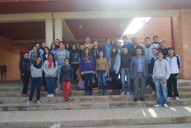 Con los alumnos y profesores del I.E.S. Alcántara