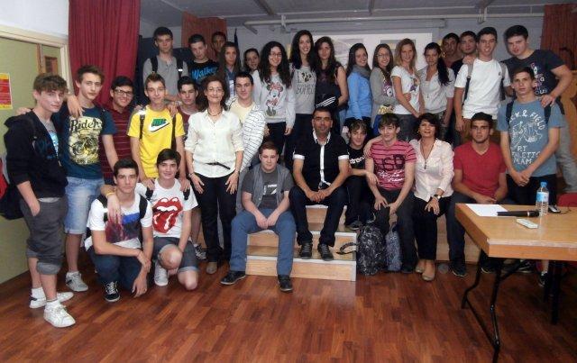 Con alumnos y profesores de l.E.S. José Planes