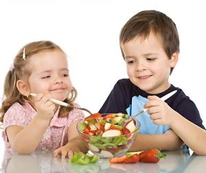 Alimentación-infantil-meriendas-para-niños-con-problemas-de-peso