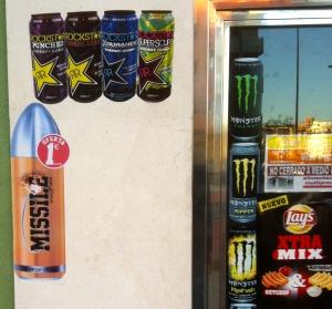 Publicidad en la puerta de un establecimiento
