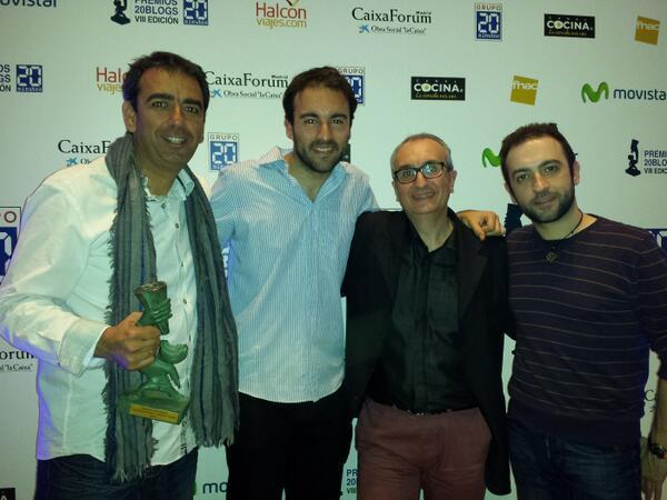 Con  @Midietacojea , @yelqtls y @Midietacojea