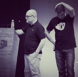 Iñako y un servidor en Naukas 2013