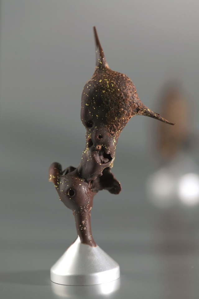 Trufa dorada al tetrafluoroetano (Fuente; http://xabiergutierrezcocinero.com)