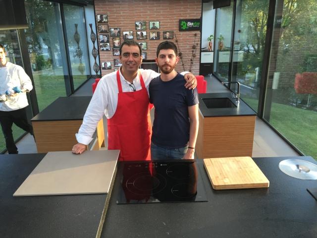 Con José A. Pérez (@mimesacojea,) director de Órbita Laika.