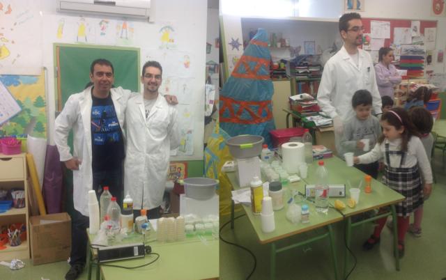 Adrián y un servidor en el improvisado laboratorio
